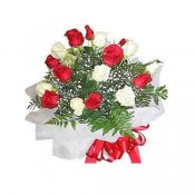15 Red N White Rose Bunch