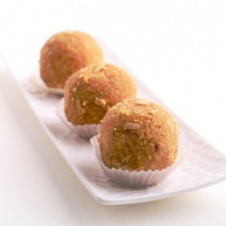 Besan Laddu (Agarwal Sweets)
