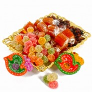 Tray of Pan Mukhwas Sweet Jelly Candy and Aam Toffees With Earthen Diyas