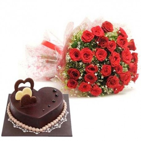 Love Treasure Surprise of Heart Shape Chocolate Truffle Cake With Red Roses