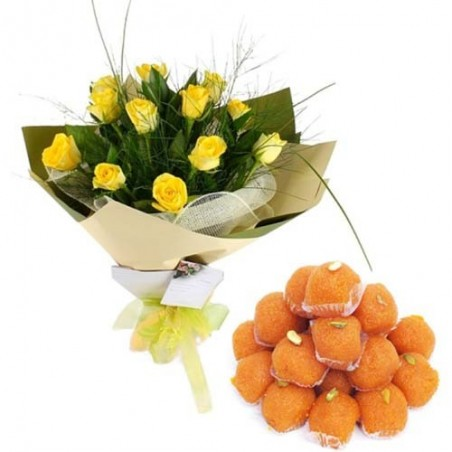 Motichur Laddu With Yellow Roses