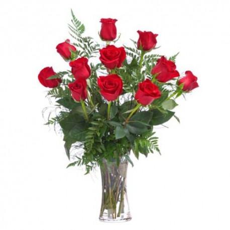 Loving Twelve Red Roses for Valentine