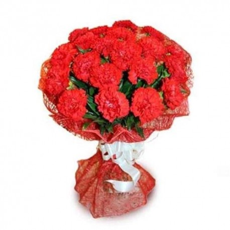 Glass Vase Arrangement of Ten Red Roses For Valentine
