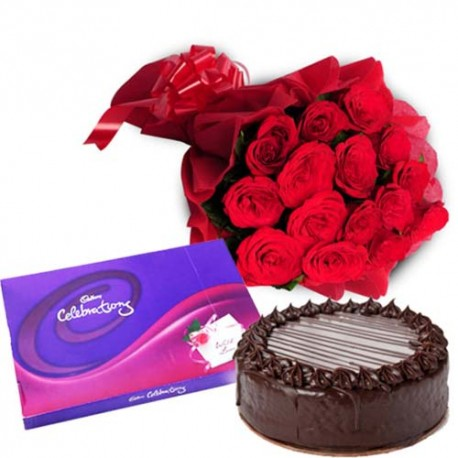 Valentine Wishes with Roses and Cake