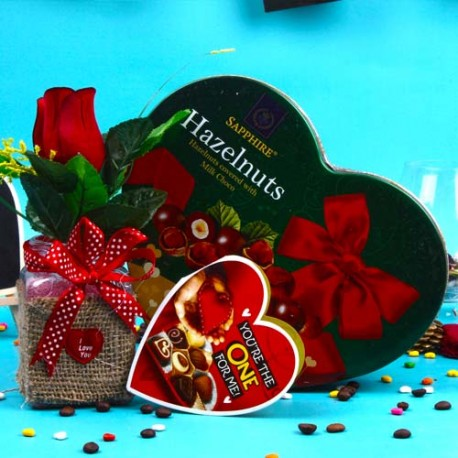 Sapphier Hazelnuts Milk Chocolates with Love Roses