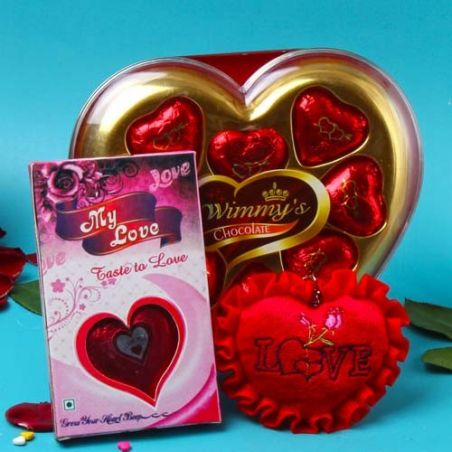 Lovely Heart Chocolates Combo