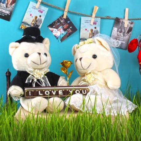 Wedding Couple Bear with Gold Plated Rose and Love You Chocolates for Cute Lover