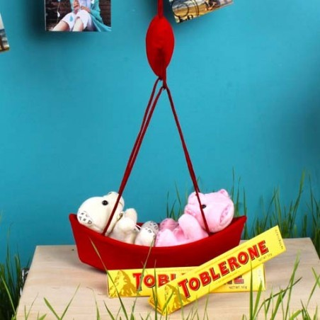 Couple Teddies Love Boat with Toblerone Treat