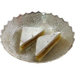 Kaju Sandwich