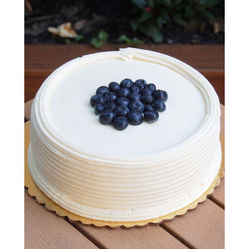 Blueberry & White Choco Cake 1 kg (Cake Walk)
