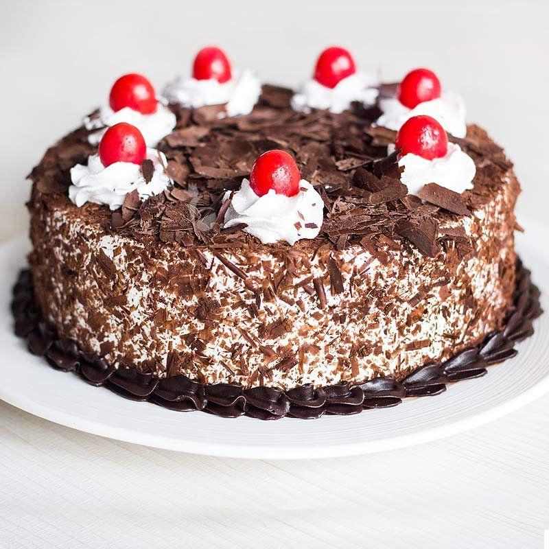 Black Forest Cake - 1 kg (K.R.Bakery)