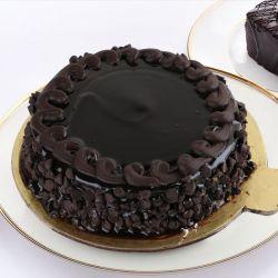 Choco Chips Cake  - 1 kg (McRennett)