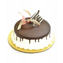 Chocolate Vanilla Cake - 2 Pound(Upper Crust)
