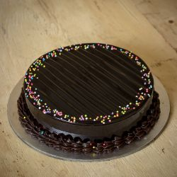 Chocolate Truffle Cake (Oven Fresh)