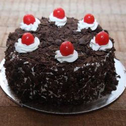 Lip Smacking Black Forest - 1 kg (Sweet Chariot)