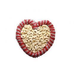Kaju Arrange With Heart.