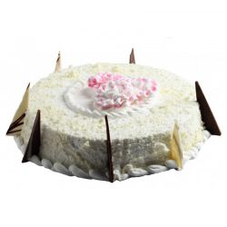 White Fantasy Cake - 1 kg (Sweet Chariot)