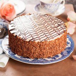Almond Praline Eggless Cake - 1 kg (Sweet Chariot)