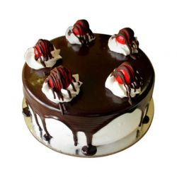 Black forest Eggless cake (Brownie Point)