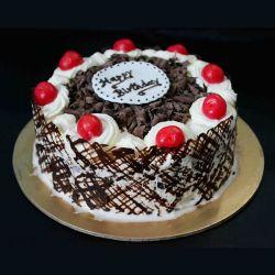 Black Forest Eggless Cake - 1 kg (Kabhie B)
