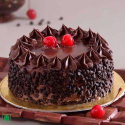 Chocolate Chips Eggless Cake - 1 kg (Kabhie B)