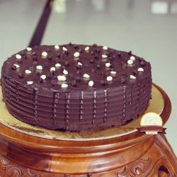 Chocolate Xcess Eggless Cake - 1 kg (Kabhie B)