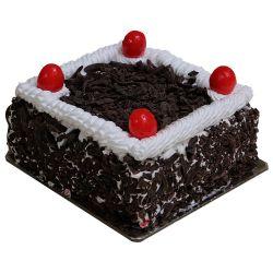 Black Forest Cake - 1Kg (McRennett)