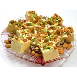 Banaras Sohan Papdi (Anand Sweets)