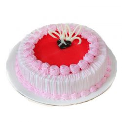 Strawberry Cake (Bake Hut)