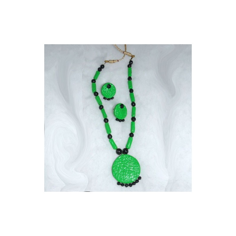Leaf Green Terracotta Jewel