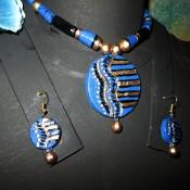 Blue-black terracotta jewel