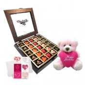 Terrific Exultant Box with cute pink Teddy