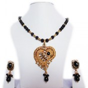 Pretty Black Beads Set (Pendant Set)