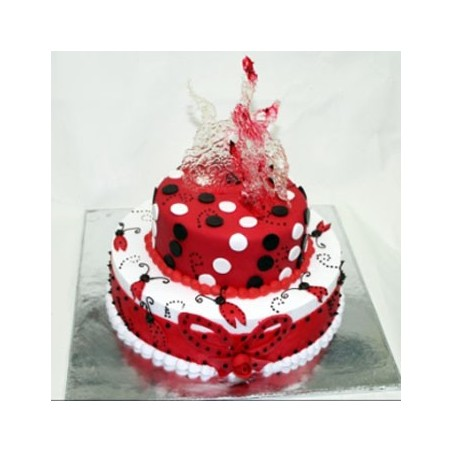 Lady Bug Two Tier Cake - 4 kg