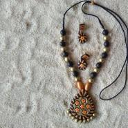 Orange and black pendant set