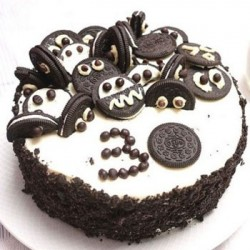 Oreo Design Black Forest Cake  (2 Pounds)